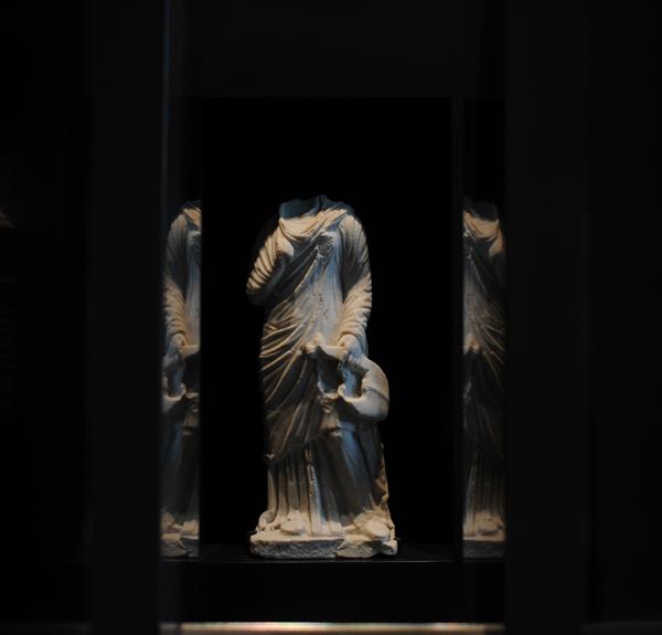 Sculpture au musée archéologique gallo-romain