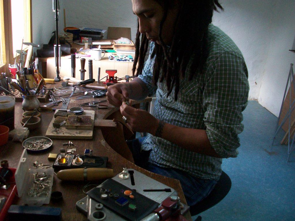 Oscar Gutierrez Chang · Créateur de bijoux