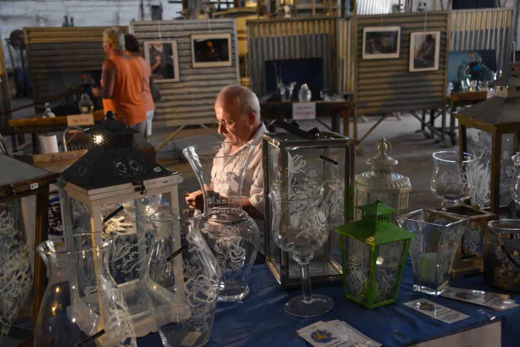 Christian Sirou · Graveur héraldique sur verre