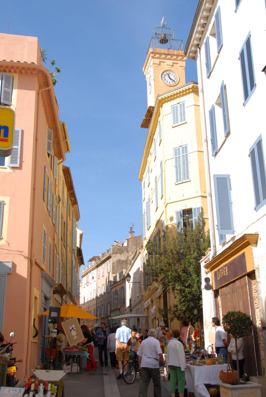 La rue Saint Sauveur et ses artisans d'art