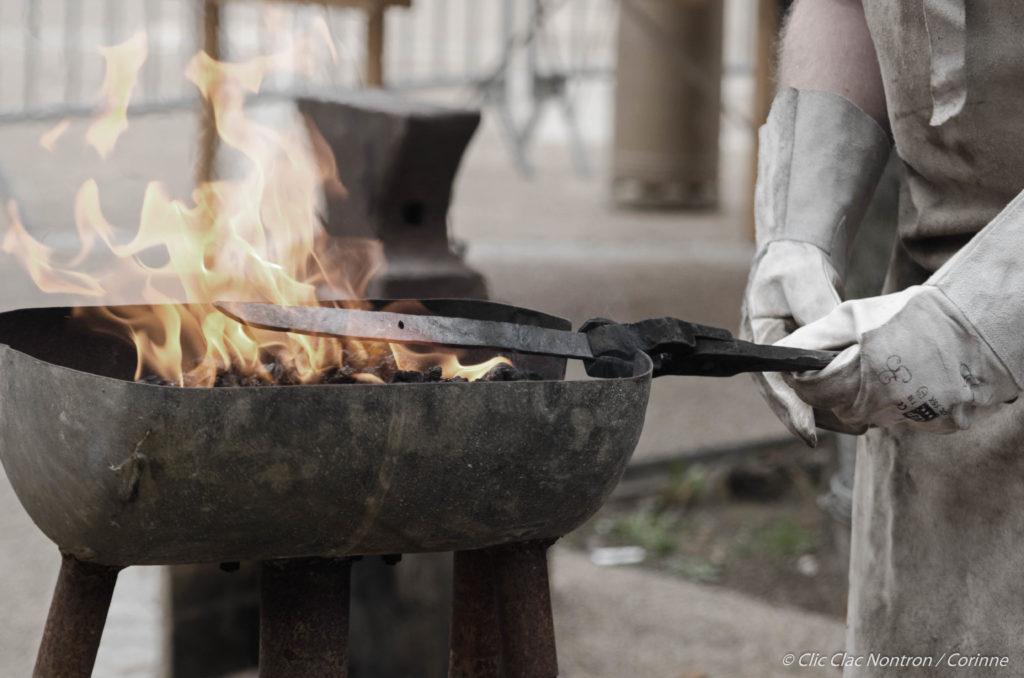 Stage de forge coutelière © Clic Clac Nontron · Corinne