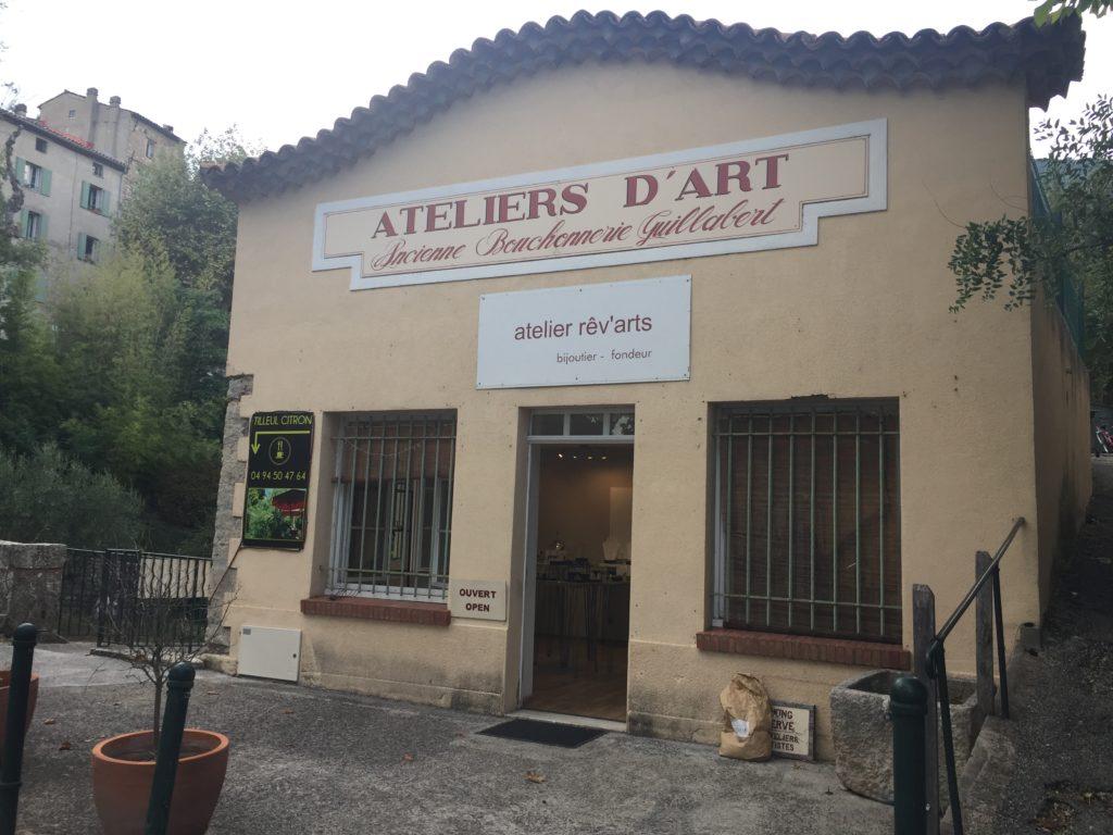 Local à La Bouchonnerie · 1 route de Fayence 83440 Fayence