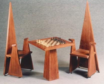 Serge Ivorra · Jeu d'échecs et chaises © DR