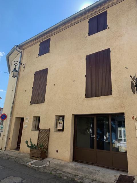Local au 57 avenue Victor Hugo à Pernes Les Fontaines